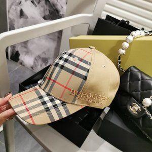BURBERRY  Snapback Hats